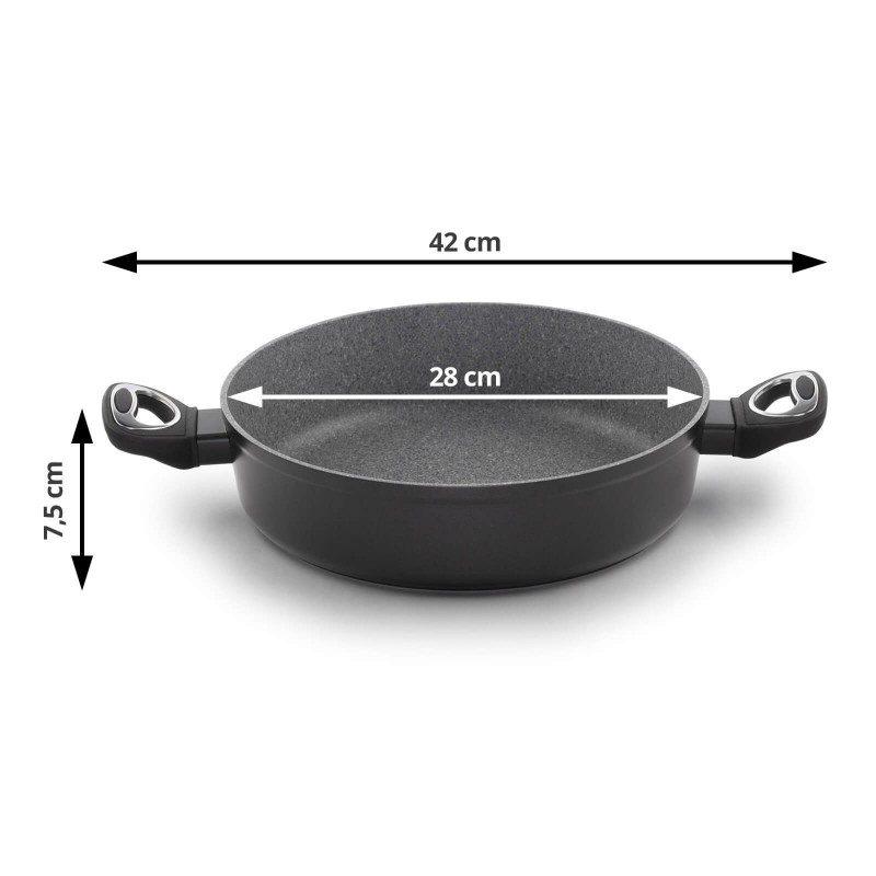 Tiganj sa dvije ručke Black Lava Stone prečnika 28 cm spada u rang premium posuđa sa inovativnim i tehnološki naprednim hrapavim mineralnim premazom, razvijenim u Švajcarskoj. Neljepljivi premaz u vidu vulkanskog kamena omogućava prirodan način kuvanja, sa vrlo malo masnoće. Hrana na taj način zadržava  sve vitamine i minerale, koji su našem tijelu potrebni za zdrav način života. Pogodan za sve površine za kuvanje, uključujući indukcionu. Lako se čisti i može se prati i u mašini za pranje sudova. Sve posude iz linije Black Lava Stone temelje se na višeslojnom sastavu, čime je zagarantovan dug vijek trajanja i visok stepen otpornosti i izdržljivosti posude.