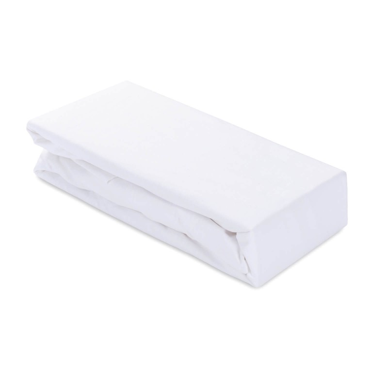 Pamučni čaršav Ivonne izrađen je od renforce platna, koje važi za mekanu tkaninu, jednostavnu za održavanje. Čaršav ima lastiš na krajevima na rubu za lakše prianjanje na dušek. Zbog svojih dimenzija je primjeren za više dušeke do visine 25 cm. Čaršav je periv na 60 °C.