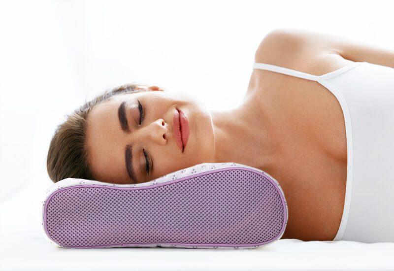 Anatomski jastuk za sve koji spavaju na boku ili leđima
